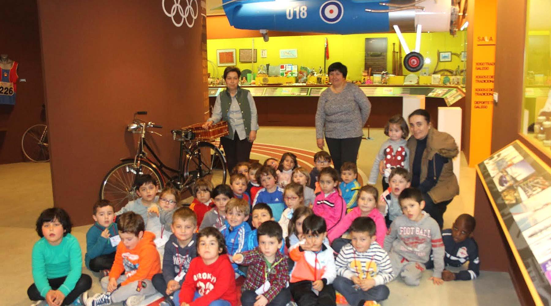 Visita do Colexio Nuestra Señora del Carmen de Finisterre ao Melga