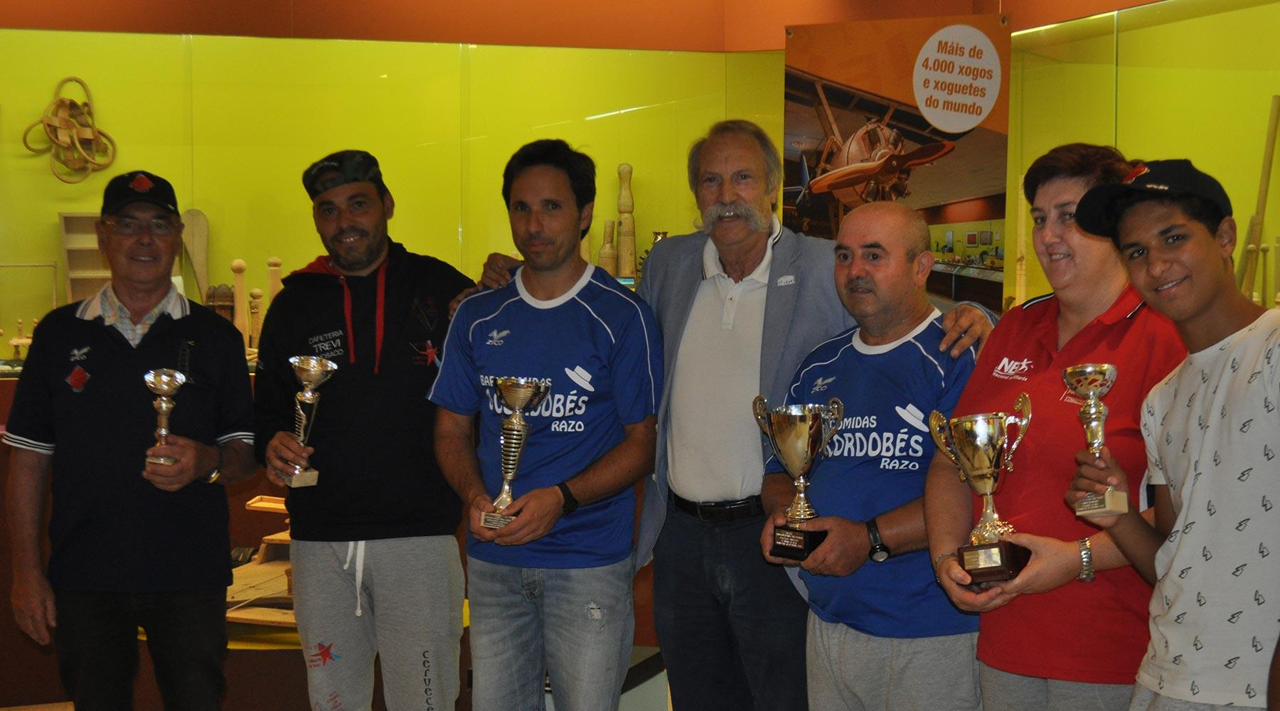 Gañadores do torneo de billa de Ponteceso