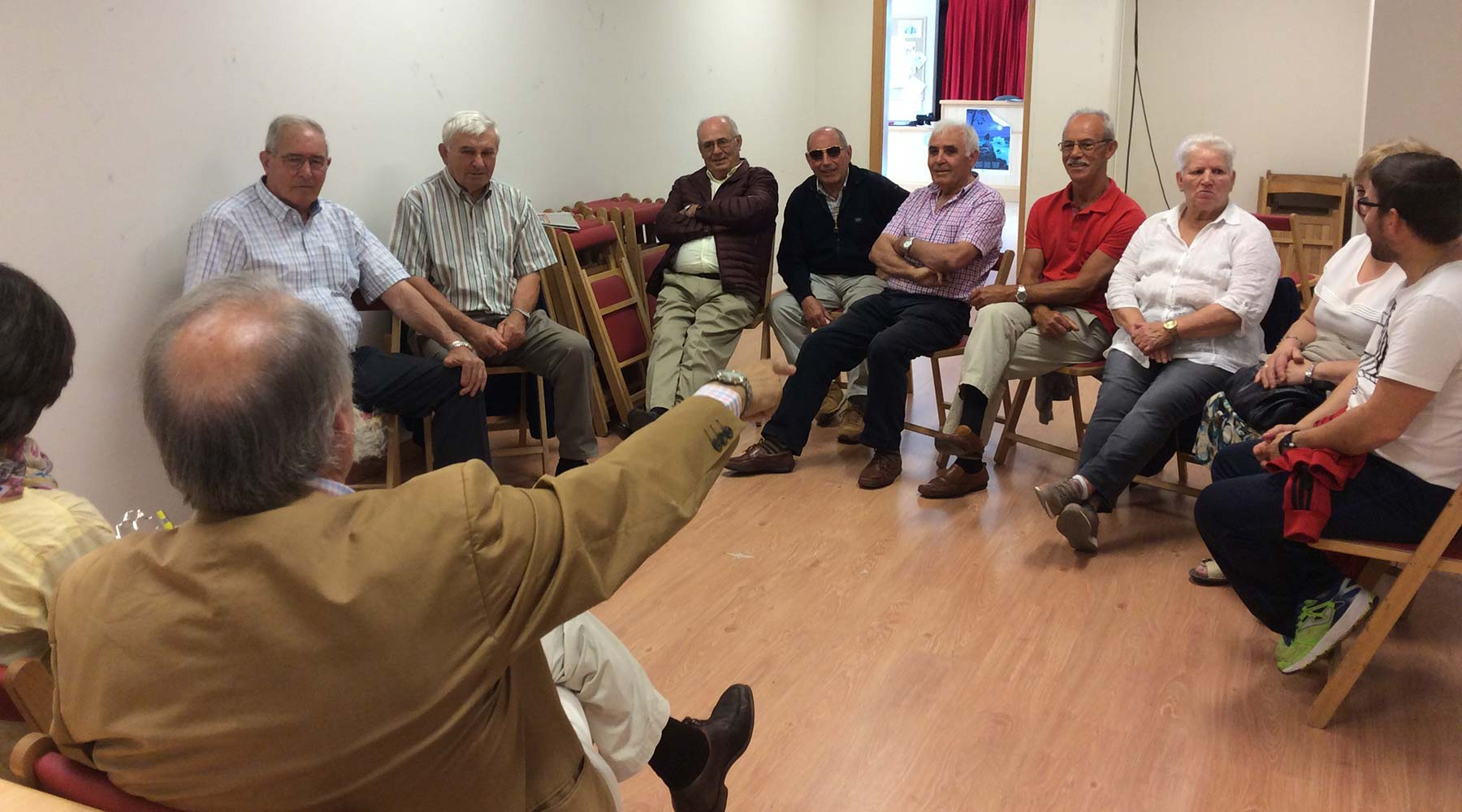 Primeiro encontro de Lembranzas Lúdicas no Melga con persoas maiores do Concello de Ponteceso