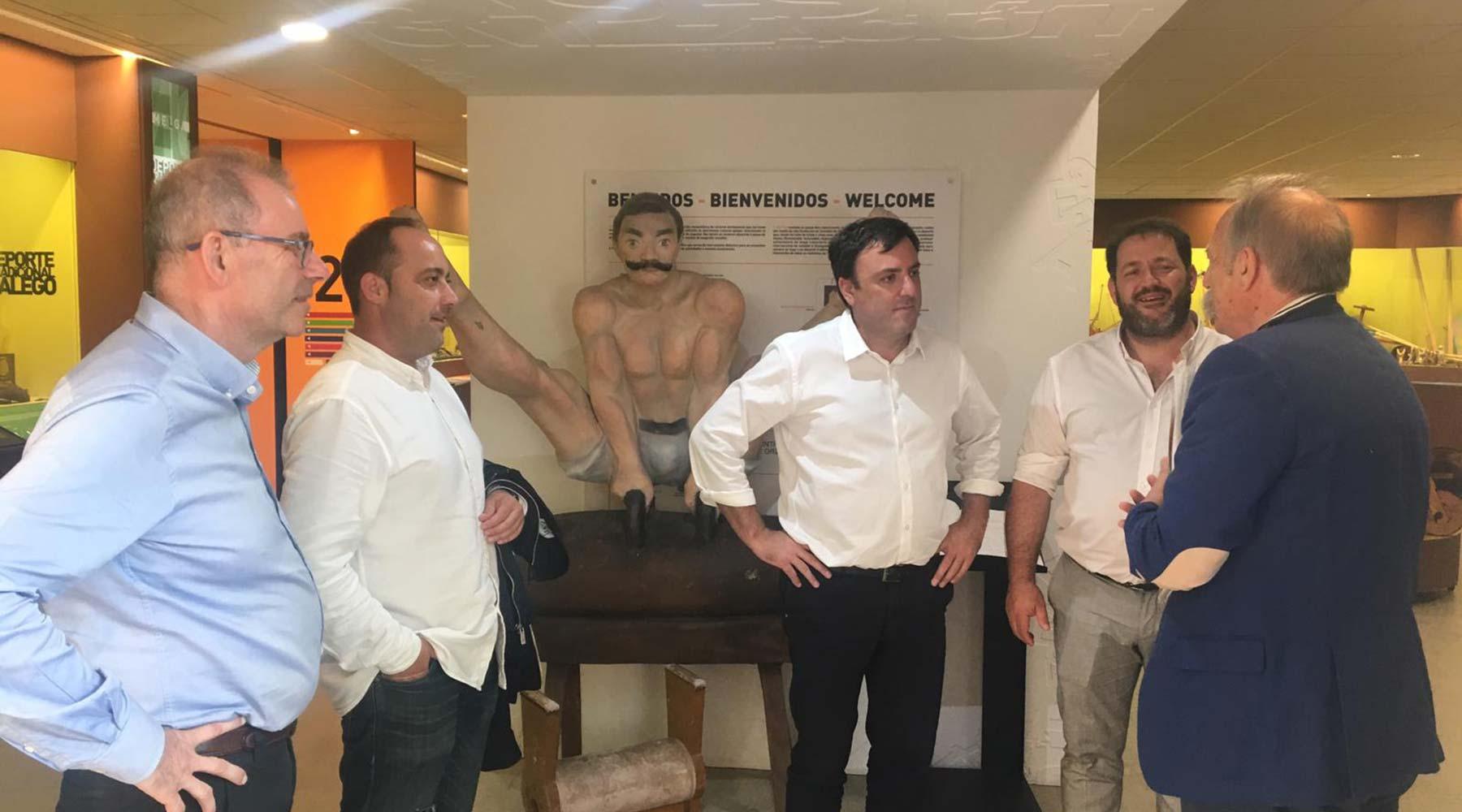 Visita o Melga o Presidente da Deputación de A Coruña Valentín González Formoso
