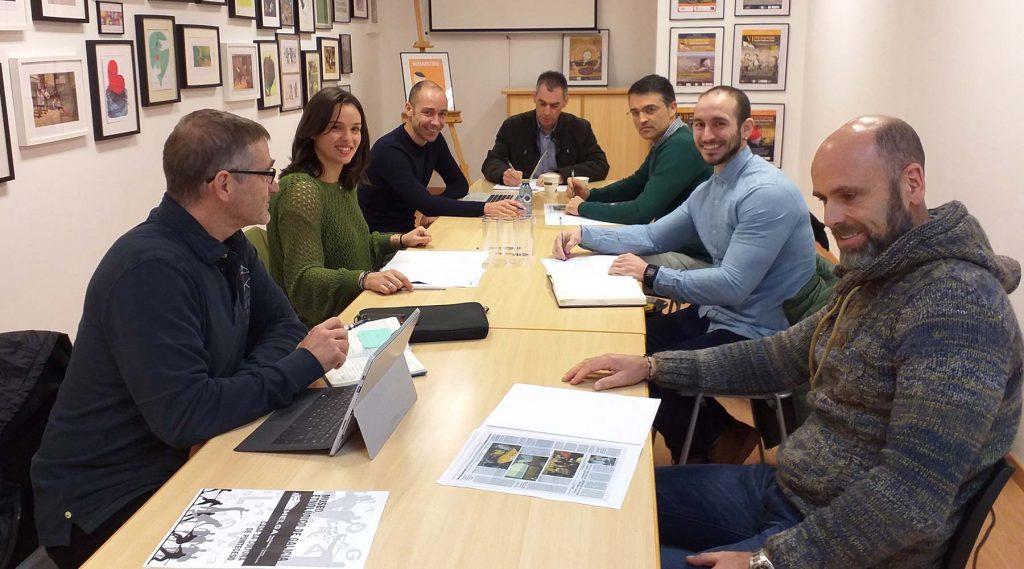 A xunta directiva do COLEF de Galicia realiza a súa derradeira reunión ordinaria do ano e visita o Melga de Ponteceso