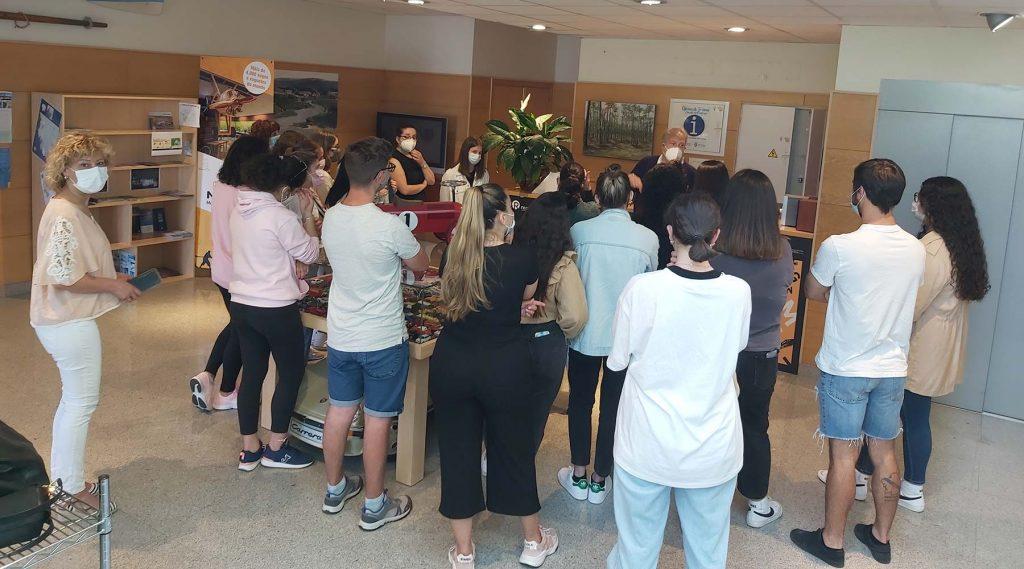 Os alumnos do curso de monitores de tempo libre de Laxe visitan o Melga de Ponteceso