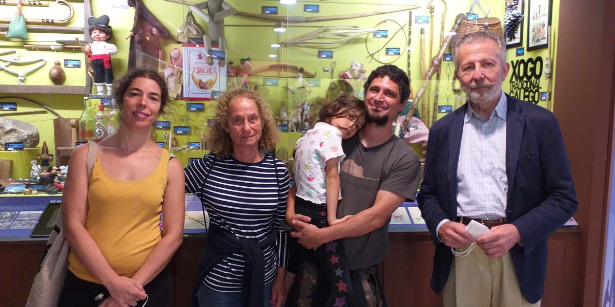Repiten a súa visita guiada dous dos grandes embaixadores do Melga: o matrimonio Maya Álvarez Sotomayor e Hernán Cortes